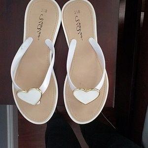 VeeVee Shoes - Flip flops
